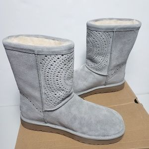 UGG Classic Short Sunshine Perforated Boots